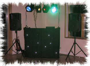 Chelsfield Mobile Discos Compact Set Up Image