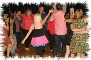 mobile discos in biggin hill dancers image