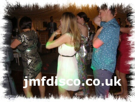 mobile disco tunbridge wells party dancers