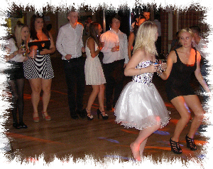 maidstone mobile disco dancing image