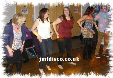 mobile disco beckenham dancers