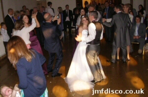 wedding dj canterbury dancers image