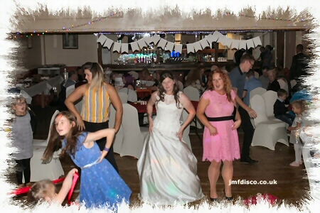wedding dj sheerness dancers image